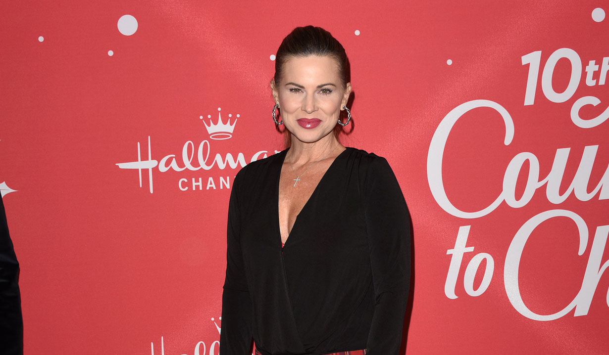young and restless alum julianne morris hallmark's countdown to christmas event