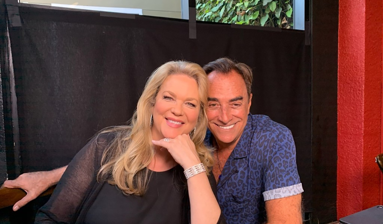 Leann Hunley Thaao Penghlis day of days