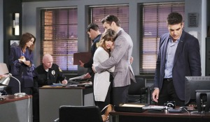 sarah holding xander at spd days of our lives
