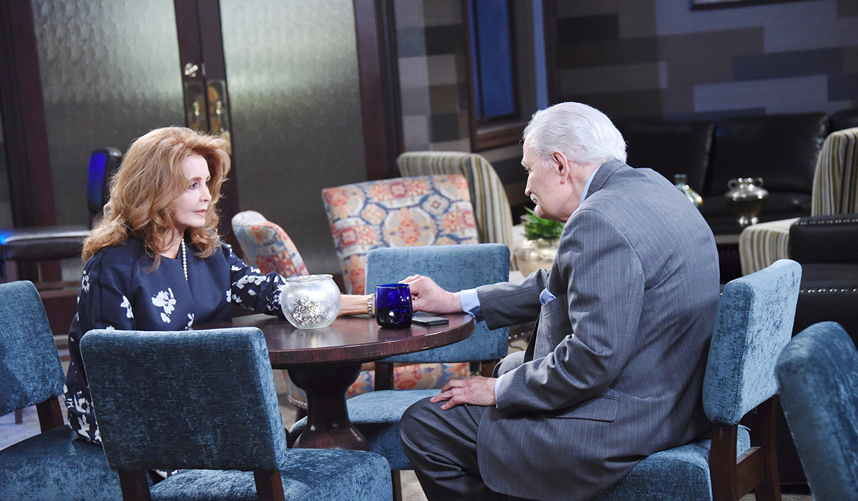Maggie, Victor dine days of our lives