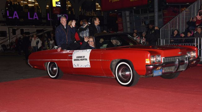 general hospital stars at 2019 Hollywood Christmas parade