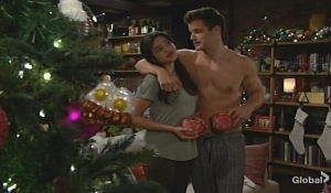 Lola Kyle gifts Young and Restless