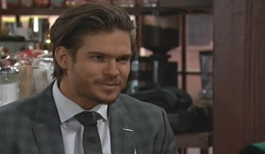 Theo move out of hotel Young and Restless