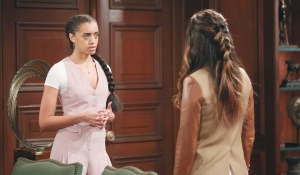 Zoe and Steffy talk Bold and Beautiful