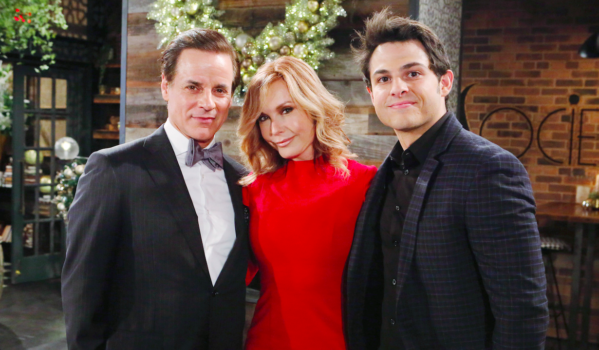 Michael and Lauren celebrate Christmas with Fen on Young and Restless