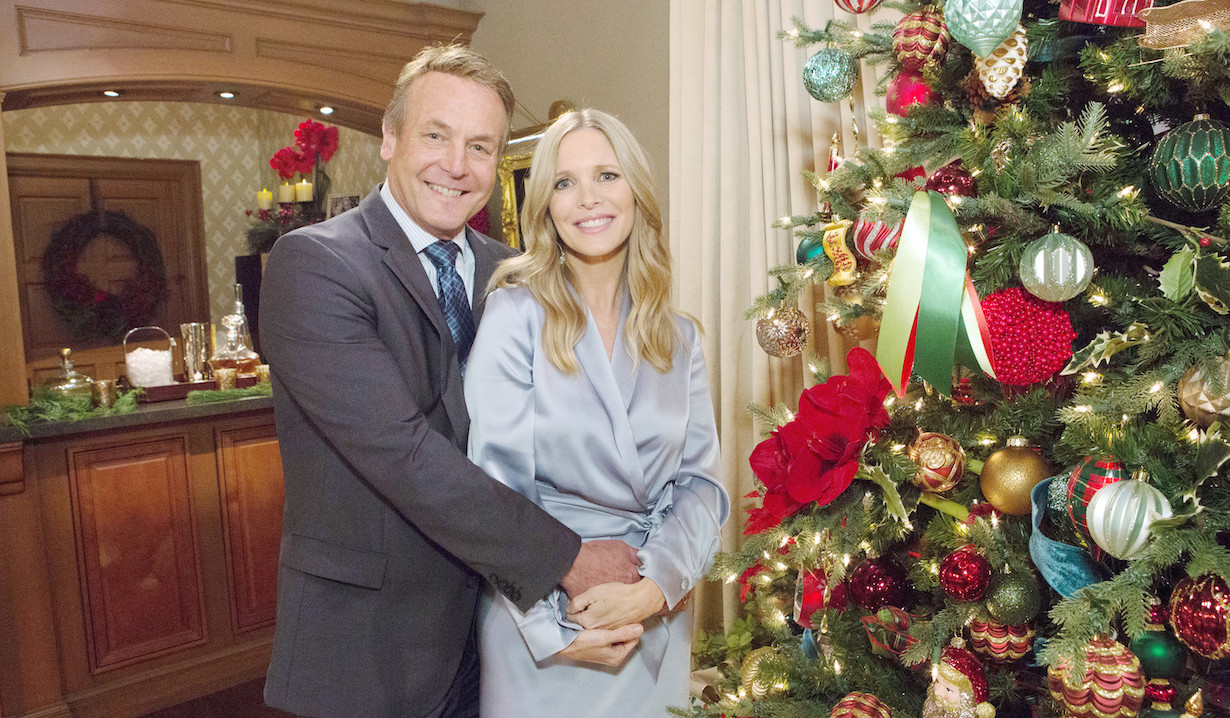 Paul and Christine Celebrate Christmas on Young and Restless