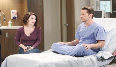Liz and Franco in hospital on General Hospital