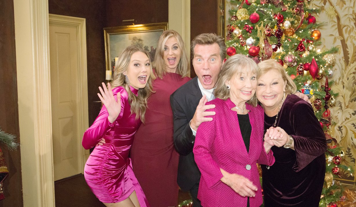 The Abbotts gather for Christmas on Young and the Restless