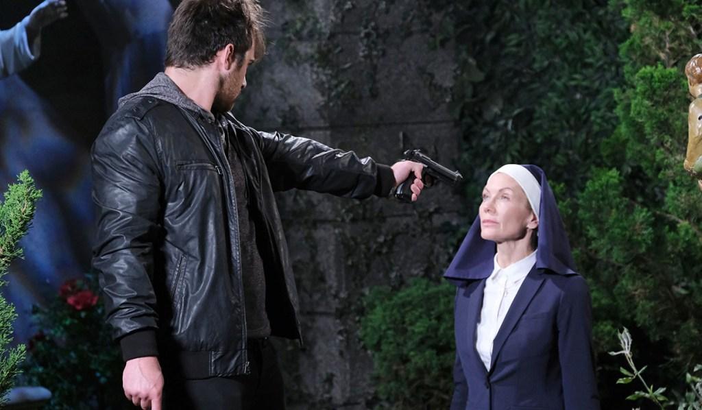 JJ Brandishes a Gun to Kristen's Head As Eli Stumbles Upon Lani in Rome