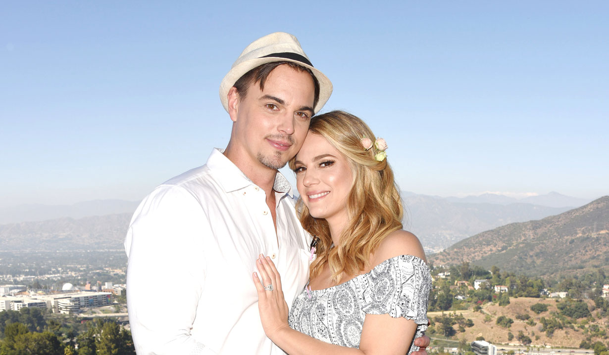kelly kruger, darin brooks and daughter on et bold and beautiful young and restless