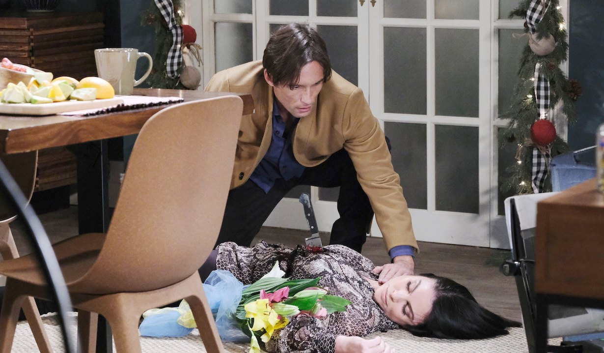 Philip finds Chloe stabbed