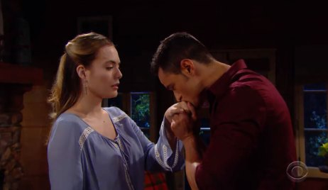 Thomas kisses Hope's hand on Bold and the Beautiful