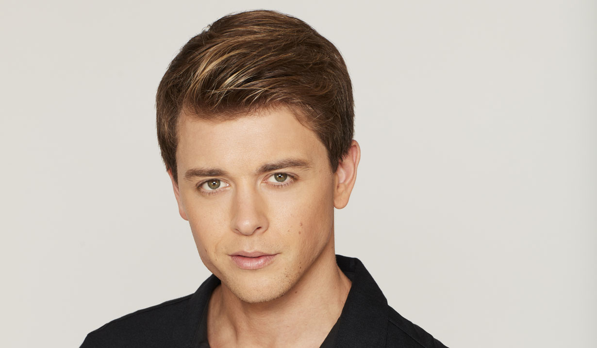 general hospital chad duell michael lands role on cw arrow