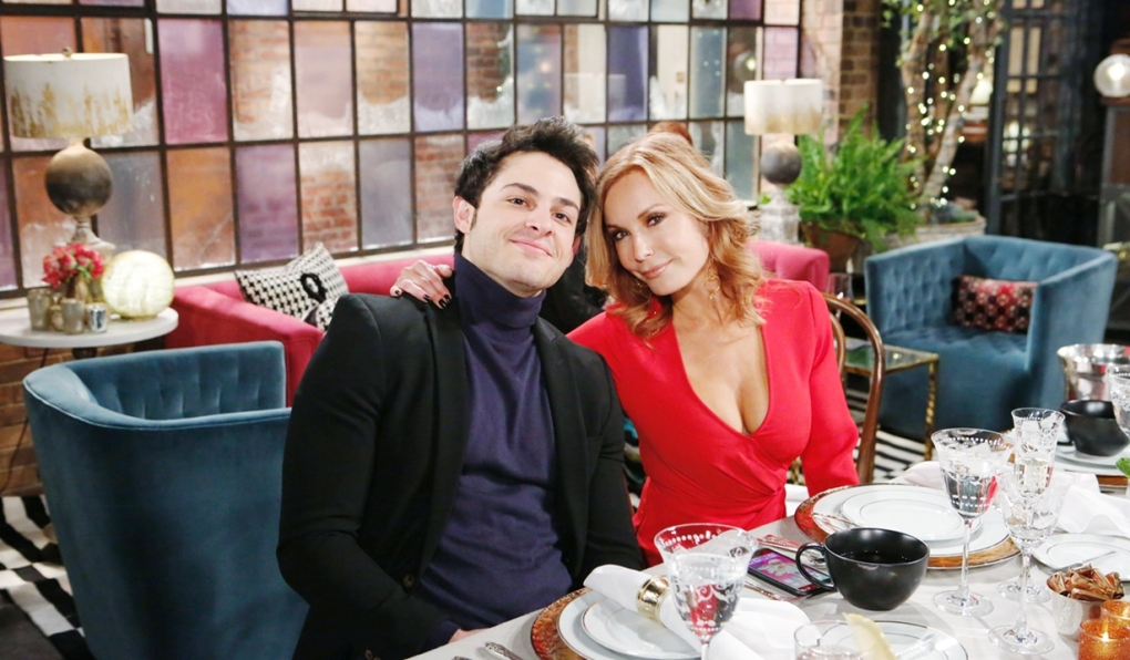 Fen and Lauren get news Young and Restless