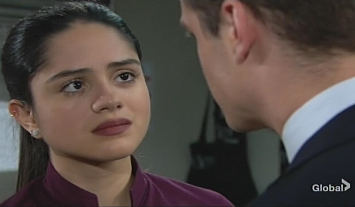 Lola and Kyle argue Young and Restless
