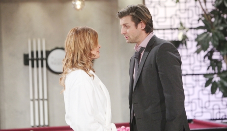Phyllis flirts with Chance Young and Restless