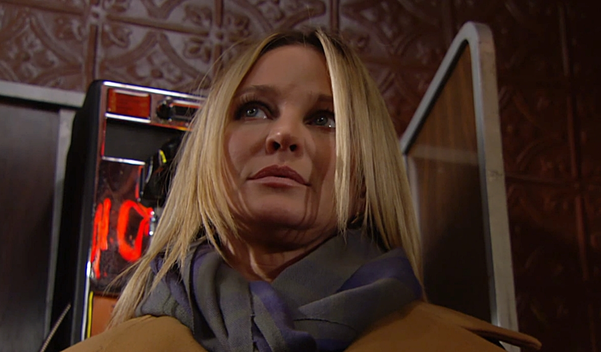 Sharon fearful Young and Restless