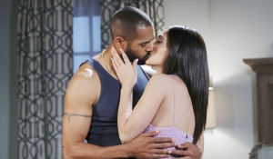gabi and eli kissing new years eve days of our lives