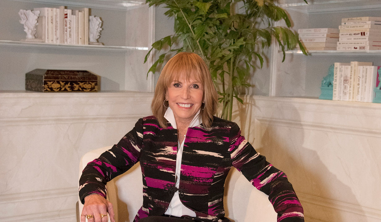 Leslie Charleson from General Hospital on the new set