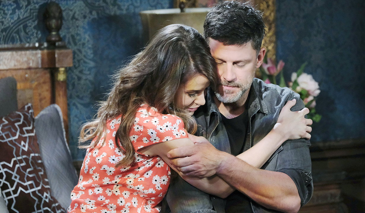 sarah and eric hug on her bed days of our lives