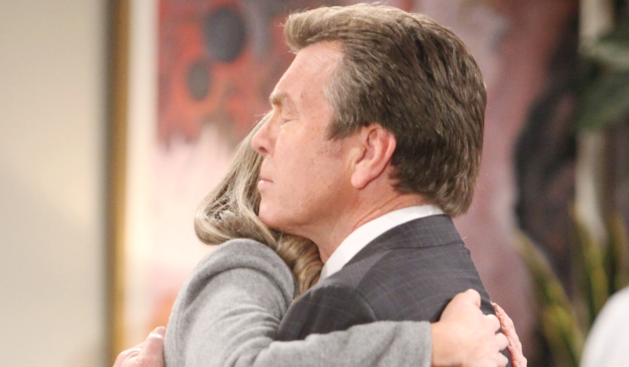 Abby, Jack hug Young and Restless