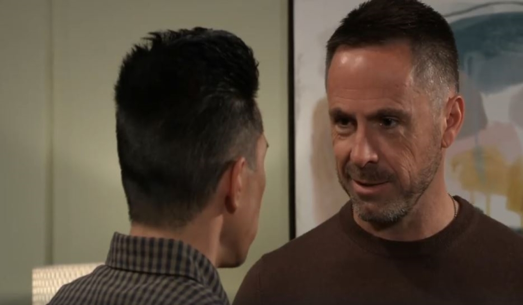 Julian tells Brad he's not going down General Hospital