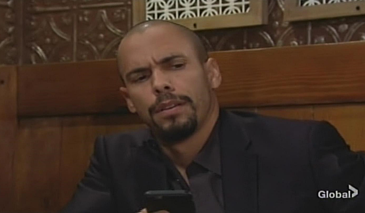 Devon text Young and Restless