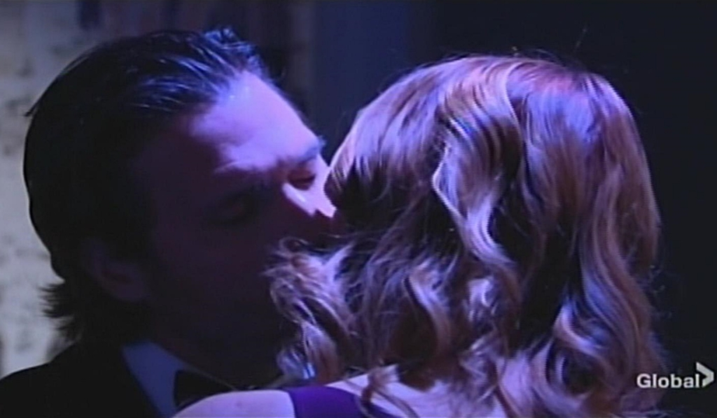 Nick, Phyllis kiss Young and Restless