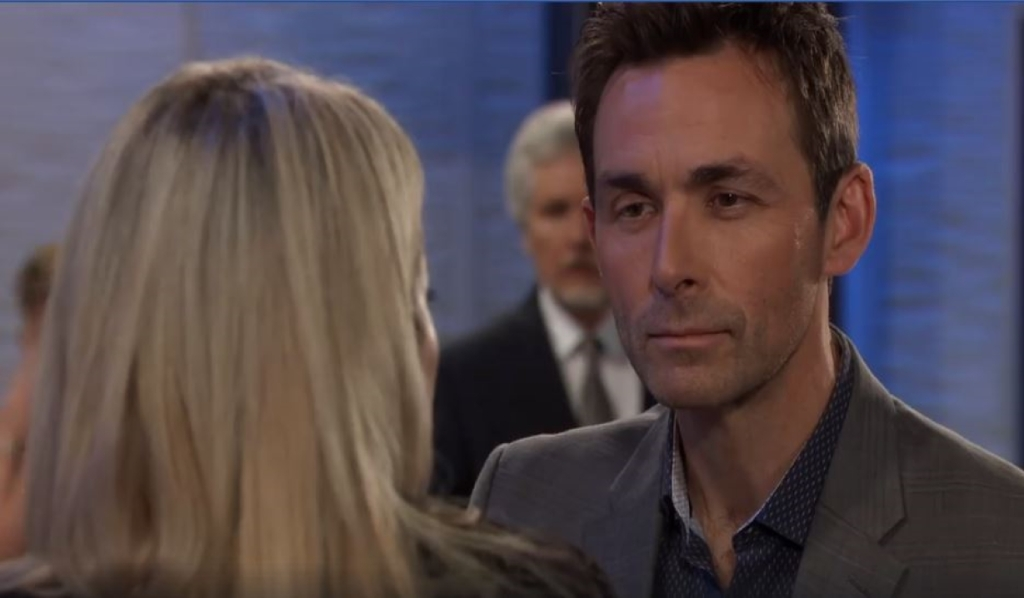Nina tells Valentin they need to move on Metro Court General Hospital