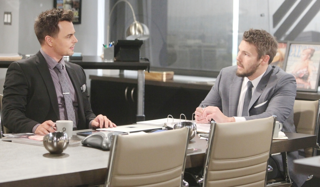 Wyatt e Liam tengono una discussione Bold and Beautiful