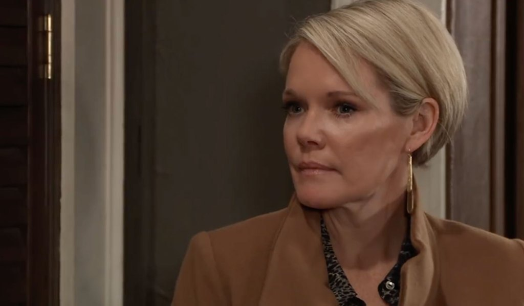 Ava and Carly bicker about Nikolas on General Hospital