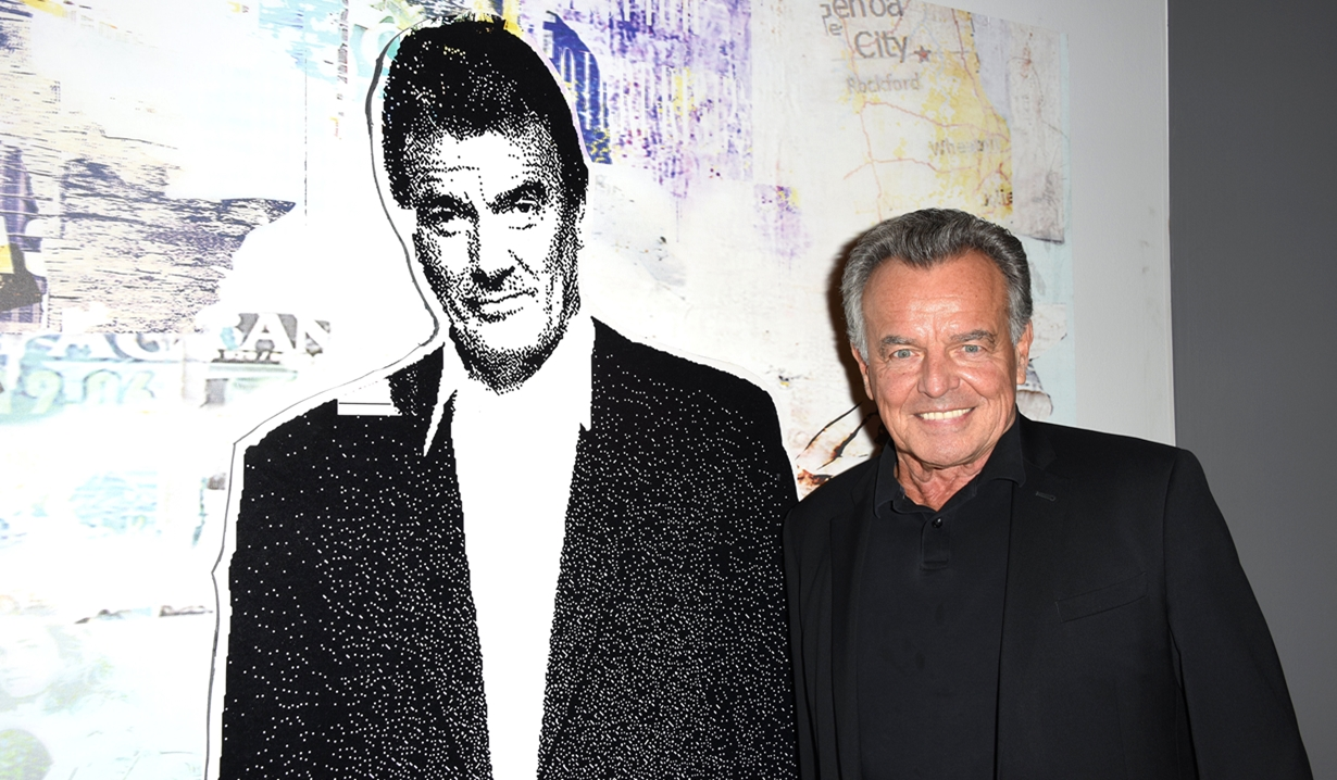 Ray Wise, Eric Braeden party Young and Restless