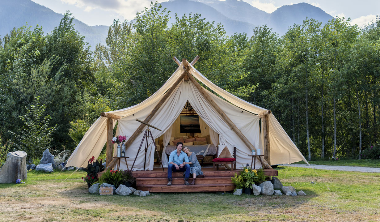 Couple glamping Nature of Love Hallmark