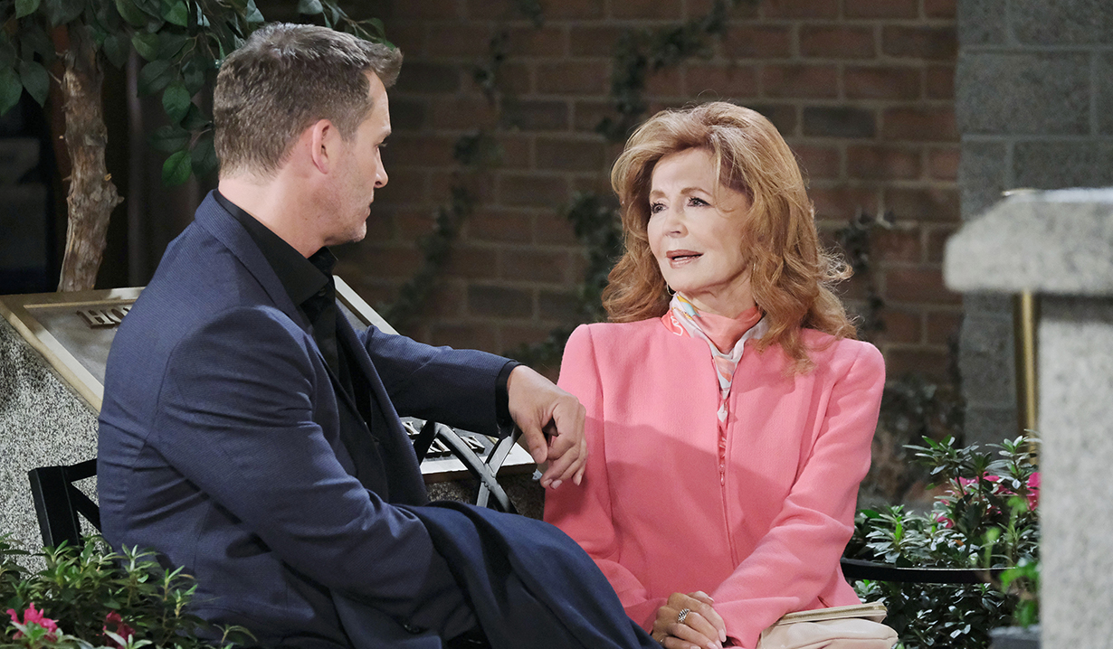 maggie and brady talk at square days of our lives