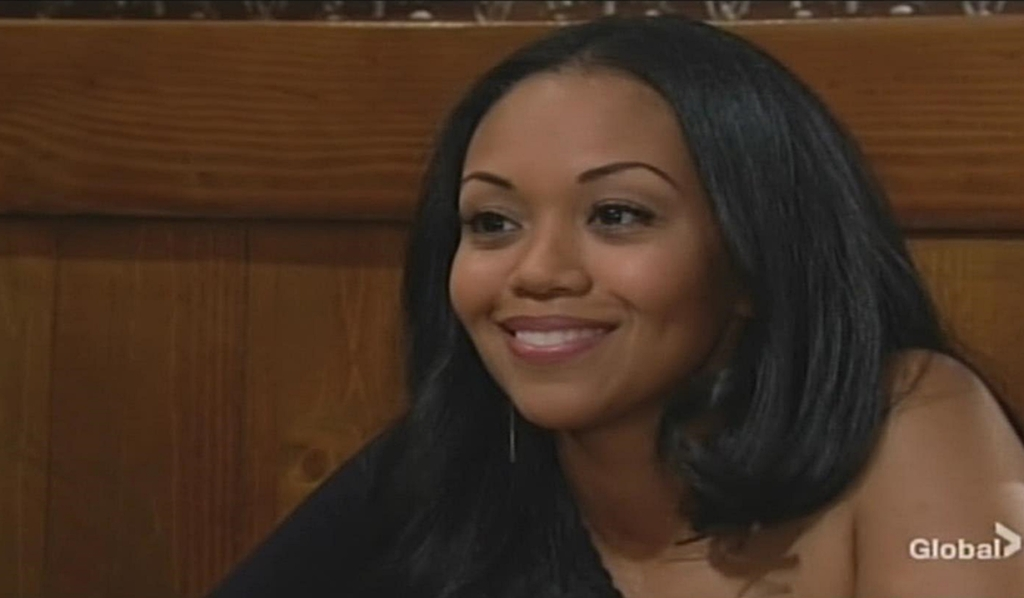 Amanda smile Nate Young and Restless