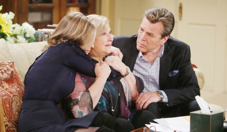 Ashley, Traci, Jack sobbing Young and Restless