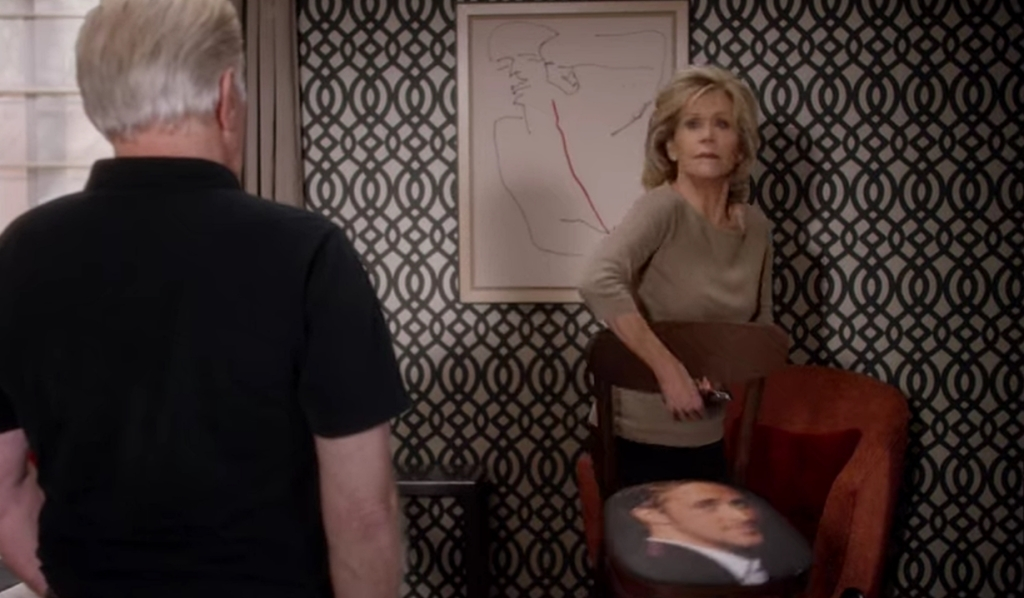 Grace confiscates Ryan Gosling chair Grace and Frankie