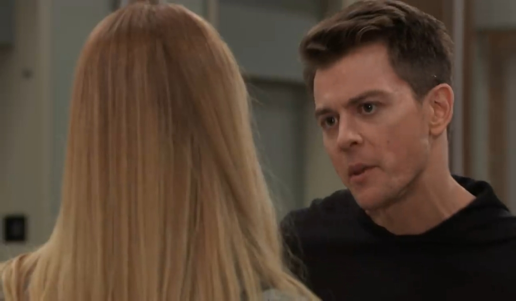 Michael fights with Nelle about Wiley at General Hospital