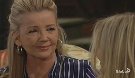 Nikki cries with Sharon Young and Restless