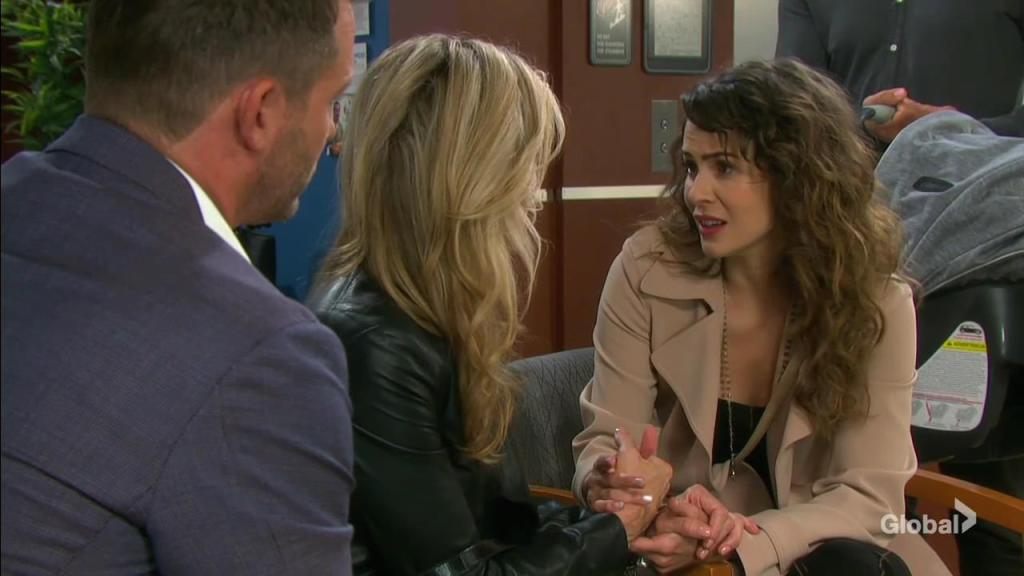 sarah comforts kristen days of our lives