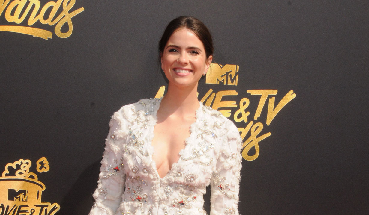 days of our lives shelley hennig in crazy for you