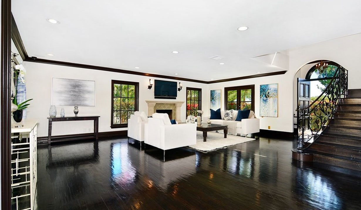 Shemar Moore's living room