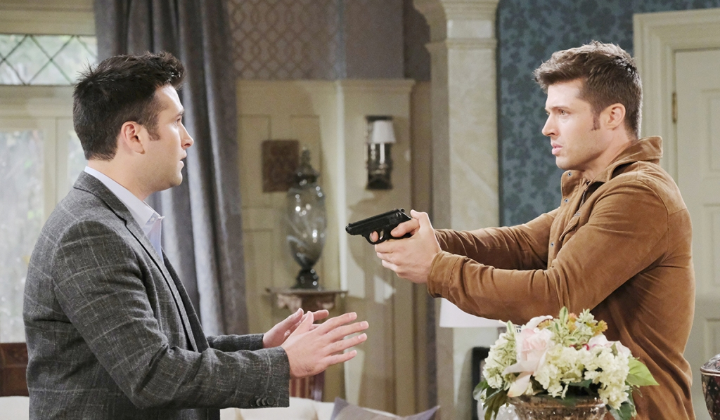 evan with gun on sonny days of our lives