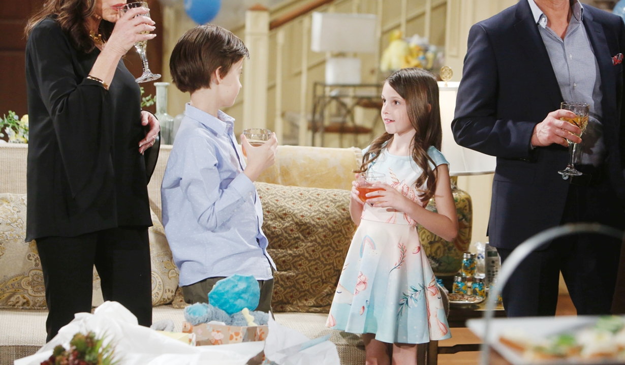 Connor, Bella shower Young and Restless
