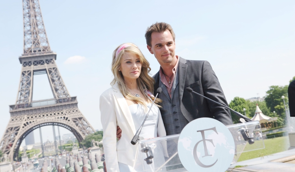 Hope, Wyatt Eiffel Tower Bold and Beautiful