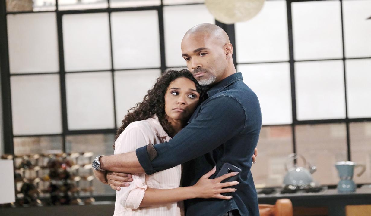 Curtis comforts Jordan at home General Hospital