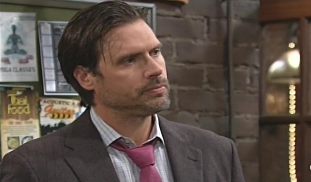 Nick relays bad news Young and Restless