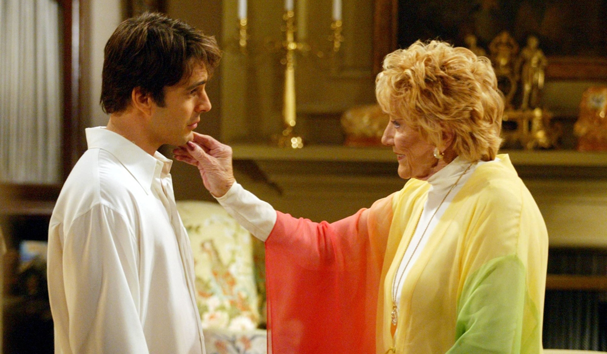 Phillip, Katherine touch dream Young and Restless
