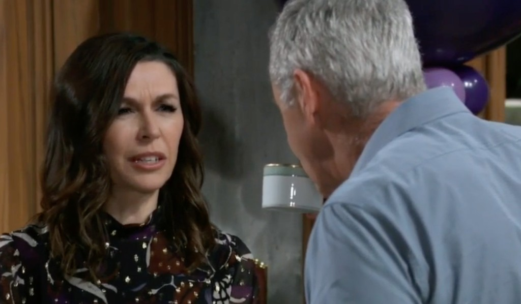 Anna wants Robert to be nice to Peter on General Hospital