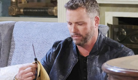 brady with knife days of our lives